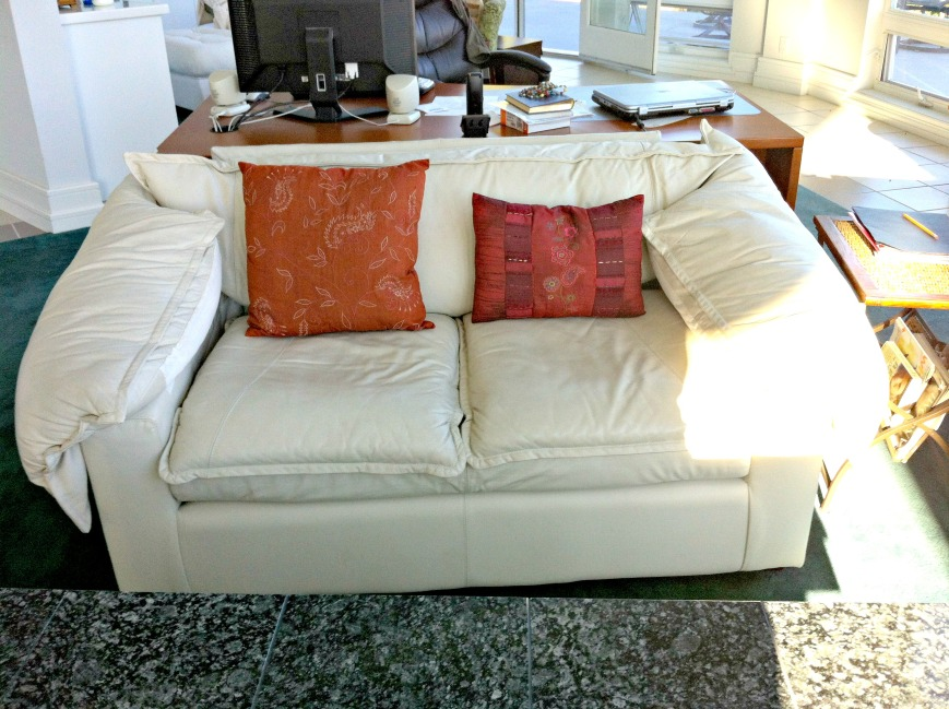 Sloppy Couch1