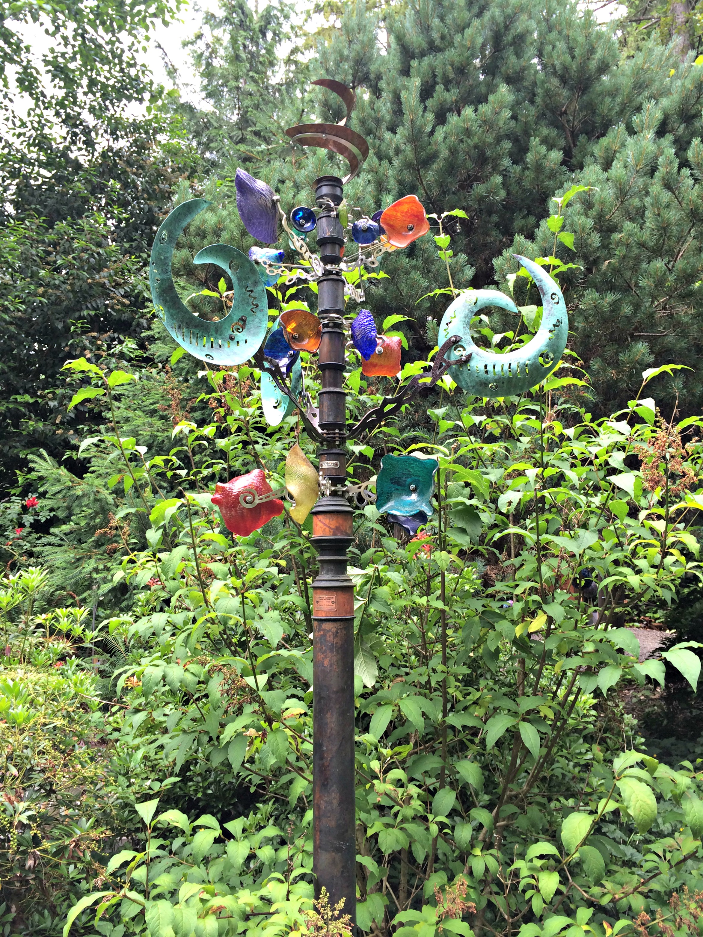 Fused glass yard art - Glass Tower Spinners