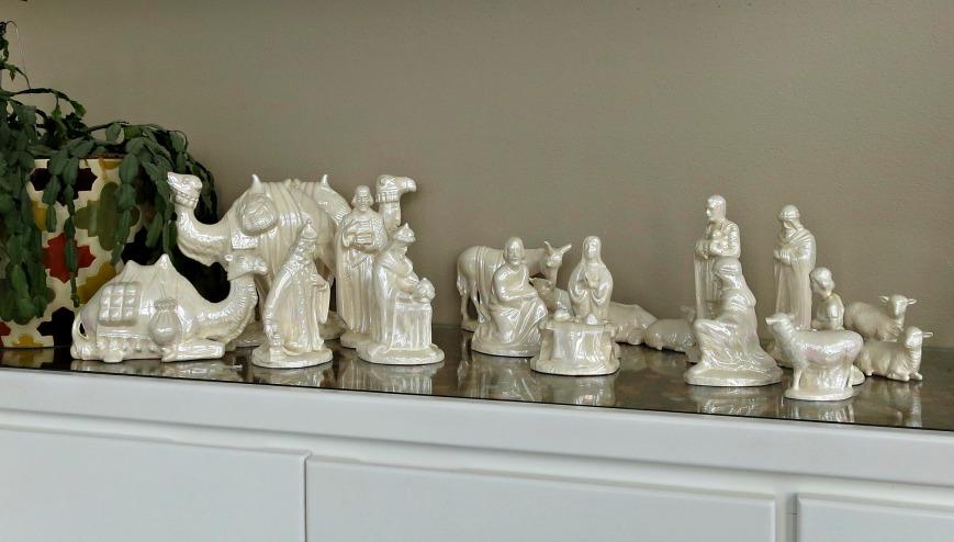 Mom & Dads Nativity
