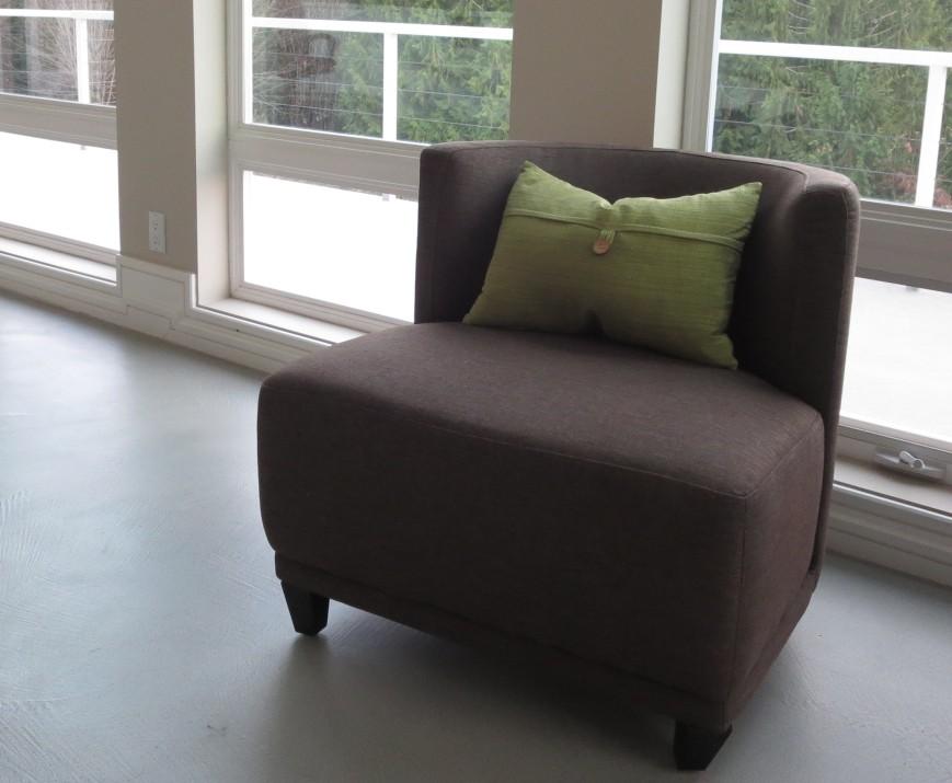 sunrise & the chair 006