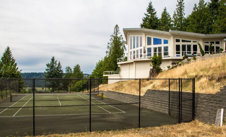 House and tennis court