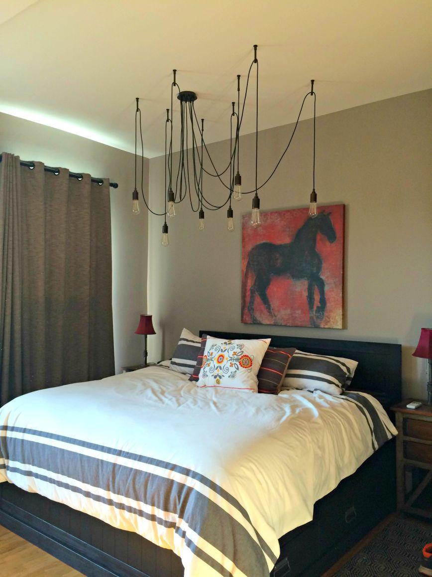 Bed & lights