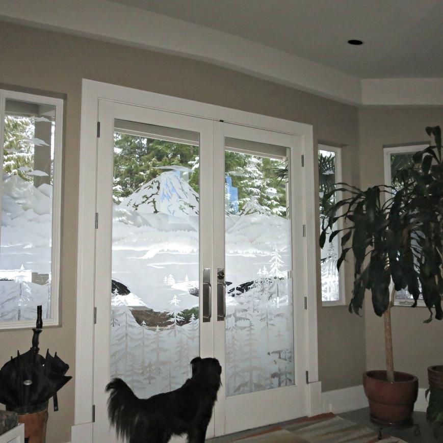 cocoa-snowy-doors