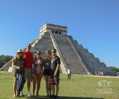 Family at Chitzenitza